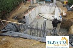 Alargamiento-de-piscina-desbordante-con-Vaso-de-Compensación-a-la-izquierda-Coruña