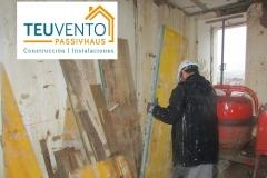 Desencofrado-de-forjado-planta-1-aprovechando-malas-condiciones-climatológicas-Coruña