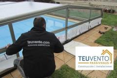 Instalando cubiertas de piscinas