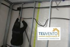 Tubería de conducción eléctrica en una Passivhaus