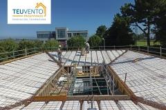 No-es-una-grada-sino-la-cubierta-inclinada-de-una-PASSIVHAUS-Coruña-Vigo