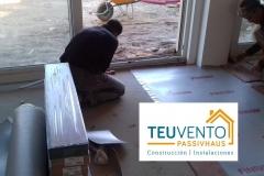 Preparando la zona en la instalación de suelo laminado en una vivienda nueva sobre suelo radiante. Eficiencia Energética en Construccción e Instalaciones
