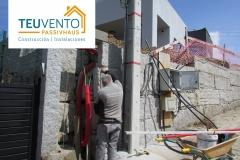 Preparando-ubicación-definitiva-del-cuadro-de-electriicidad-y-agua-en-esta-PASSIVHAUS-Coruña-Vigo