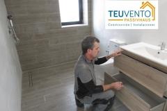 Últimos-remates-en-este-pequeño-baño-de-obra-made-in-TEUVENTO-Coruña