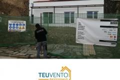 Colaborando en la instalación fotovoltaica de esta CASA PREMIUM PASSIVHAUS 100% autosuficiente. TEUVENTO.COM Eficiencia Energetica en construcción e Instalaciones