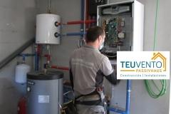 Conexiones-eléctricas-en-los-equipos-interiores-de-esta-AEROTERMIA-Coruña-Vigo