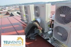 Instalación de equipos Mini VRF sobre cubierta de un centro de oficinas. Subvención del 40%. TEUVENTO.COM. Eficiencia energética en Construcción e Instalaciones