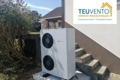 Proceso-de-conexión-con-la-unidad-exterior-en-esta-instalación-de-AEROTERMIA-de-MAXima-eficiencia-Coruña-Vigo