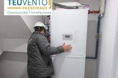Unidad-interior-de-AEROTERMIA-con-depósito-incorporado-lista-para-su-puesta-en-marcha-Coruña-Vigo