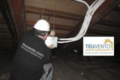 Bajo cubierta transitable para instalación de climatización en un rectoral